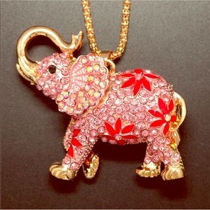 Pink Crystal elephant with flowers 🌺 Necklace NWT